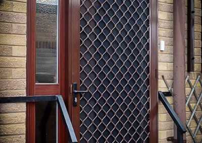 Security flyscreen doors1